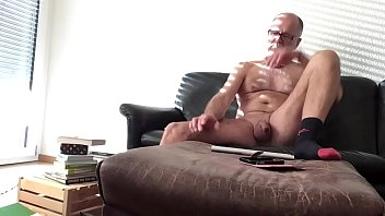 Exposed on live cam