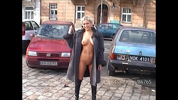 Was naked in public - Agnieszka flash in public