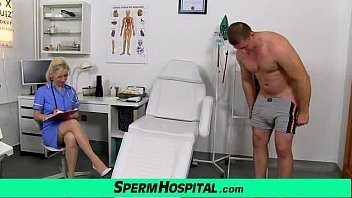 Streaming Video Stocking legs cougar doctor Maya stroking penis till cum on tits - XLXX.video