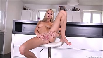 Gorgeous Teen Solo Masturbates To Orgasm