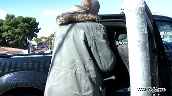 Hitchhiker pay with her body & get huge facial right next to strangers car