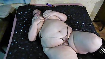 sexy bbw wife playing with her pussy