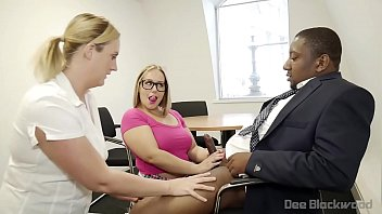 Ashley Rider and Jayne Cummings give a double blow job to BBC