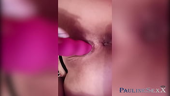 Minx Fingering Pussy With Vibrator And Orgasm