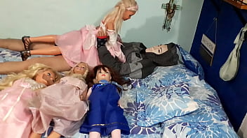 Disney princesses orgy! // Part 1- Fucking with pink dress princess  (Partial- Full video in XVIDEOS RED)