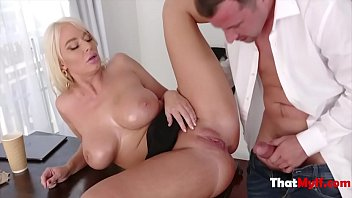 Blonde MILF's Manwhore Gives Her A Good Massage- London River