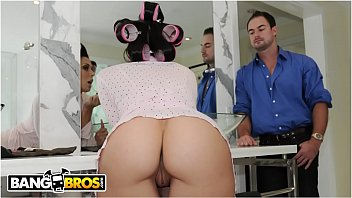 BANGBROS - Hot Pornstar In Hair Curlers, Rachel Starr, Banged Before Heading Out