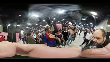 VR video of Dukes Dolls at EXXXotica 2018