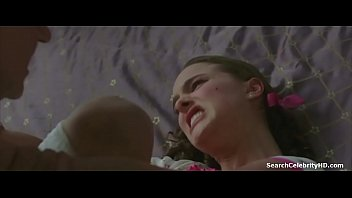 Natilie portman nude mpegs Natalie portman in for vendetta 2006