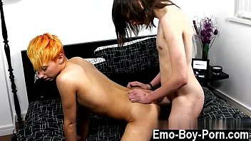 Twink cum tube Free gay emo porn sex tube luke shaw is back for his first duo