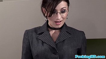 Euro business slut loves facial bukkake 8分钟