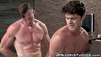 Hard muscle gay - Falconstudios nothing beats a big dick boss