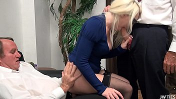Women and fuck and cash - Broke blonde tagteamed by old guys