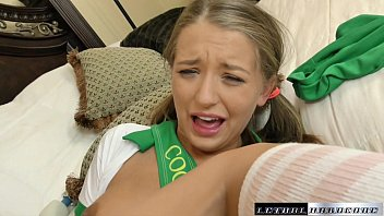 Teen Avery Negotiates A Nookie Full Of Cream | Video Make Love