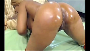 Lina anal drilling & squirting -