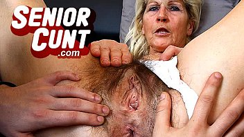 Sexy moms seniors - Sexy lady renate old pussy fingering and speculum pussy spreading