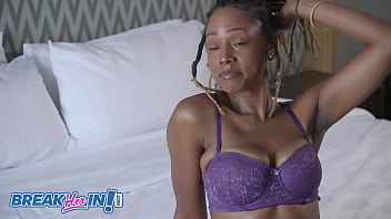 Uniquee Umami's Cougar Mom Sloppy All Holes Fucked