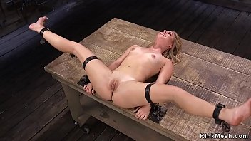 Strapped blonde squirter vibed