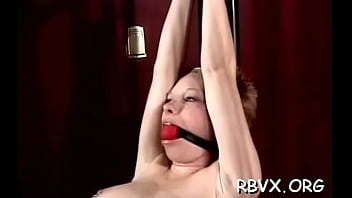 Romantic floosy is about to play with a dildo