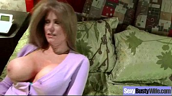 Sex Act With Huge Tits Housewife (darla crane) movie-11
