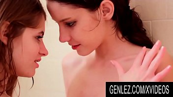GenLez - Young Lesbians Rilee Marks and Alice March Make Love in the Tub