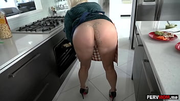 My huge boobs mature stepmom was crazy about my big cock