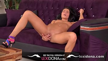 Lexidona - Finger fucking for sexy tanned brunette Czech babe