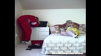 Blonde Old Slut Has Sex With A Russian Repairman