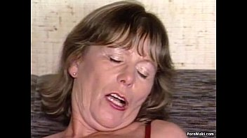 Hairy women websites - Busty granny rides cock