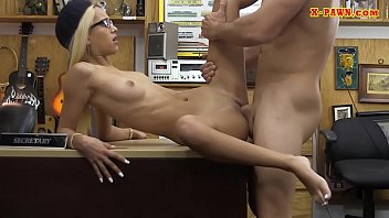 Skinny babe gets drilled at the pawnshop