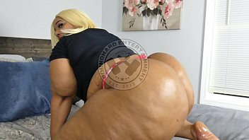 Big lizz bbws Jae-legend a.k.a j.dickens interviews huge rumbling bubble butt donkey booty model royal blood on poundhard entertainment.