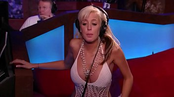 23 year old Andrea Miss Howard Stern 2006 rides the sybian