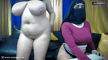 4 Lesbian Arabian Muslim Girls on Webcam | Naseera