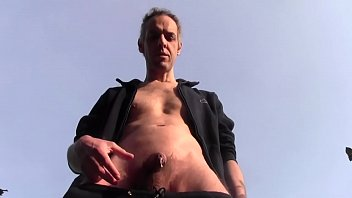 HANDJOB CUM IN PUBLIC WITH SOFT COCK - HOMEMADE AMATEUR SOLO DILF - FROM GENEVA