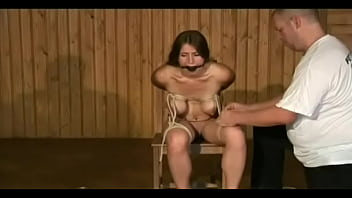 Lovely bombshell is getting her cunt drilled
