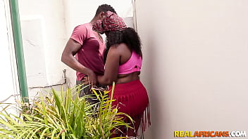 Amateur black bbw taking a bbc in butt