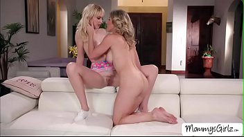 Sexual position 69 Sexy milf cory chase licks sexy chloe cherry pussy