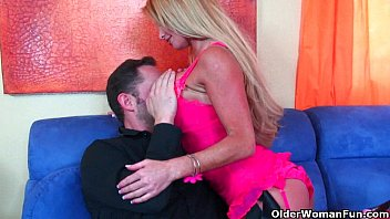 Busty milf Taylor Wane gets her tits cum coated