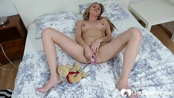 Hot chick lets the bear watch while masturbating