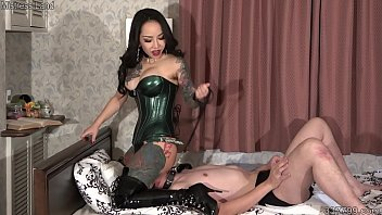 Huntress porn Japanese dominatrix youko hard facesitting