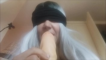 Matere sex - Sex blindfolded with the mother farting