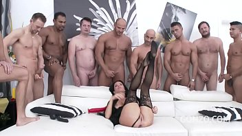 Squirt me a River - Super slut Veronica Avluv DOUBLE ANAL GANGBANG