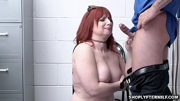 Fatty milf Amber give a nasty blowjob