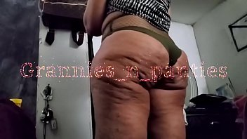 Miss Dimples camel toe