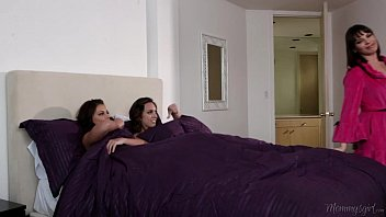 Step-sisters Adriana Chechik and Jade Nile Licking Each Other  #36194