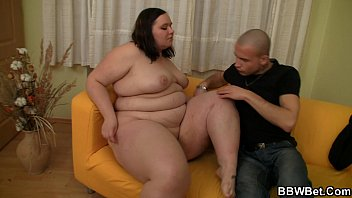 He picks up fat girl for play