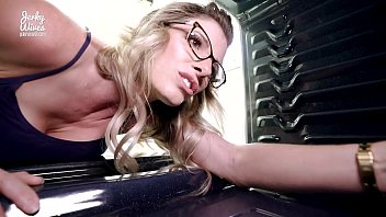 Cory Chase in Hot Step Mom Fucked in the Ass While Stuck in the Oven