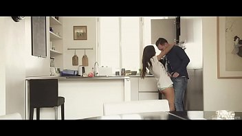 Russian babe gets fucked in the kitchen