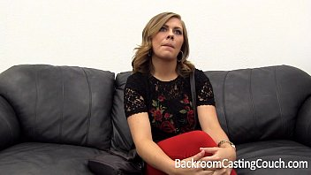 Tinder MILF Slut Assfuck Painal & Creampie on Backroom Casting Couch - 69VClub.Com