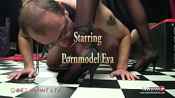 Young dominatrix Eva uses 2 slaves perversely